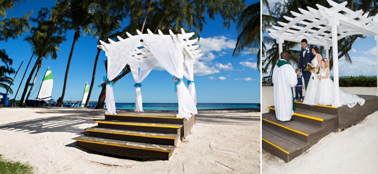 Beach raised wedding pagoda is a favorite location
